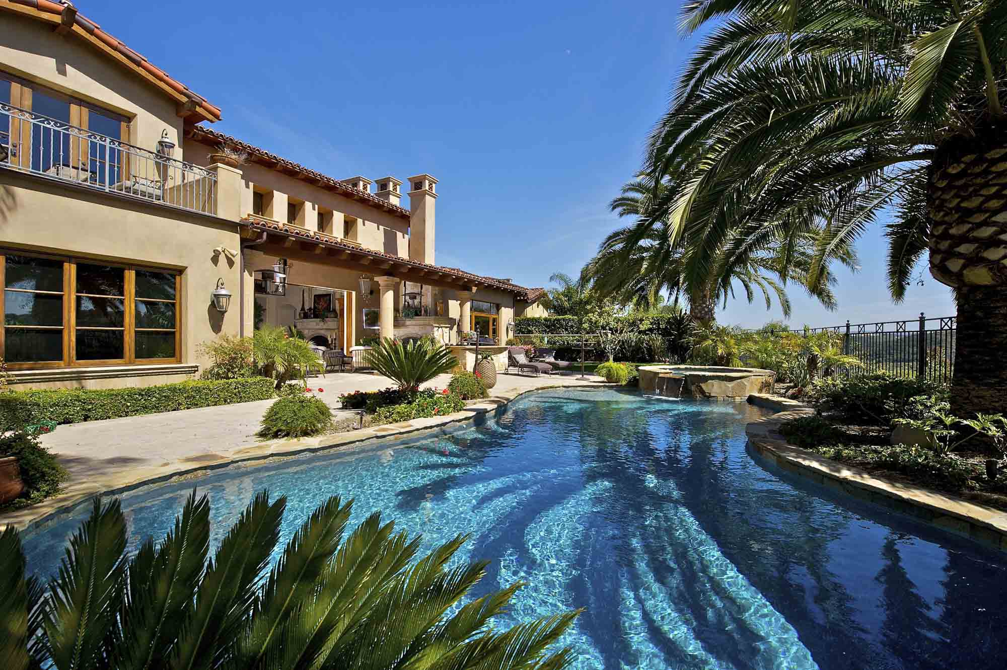 Chris Bastidas Beverly Hills Real Estate: website home image