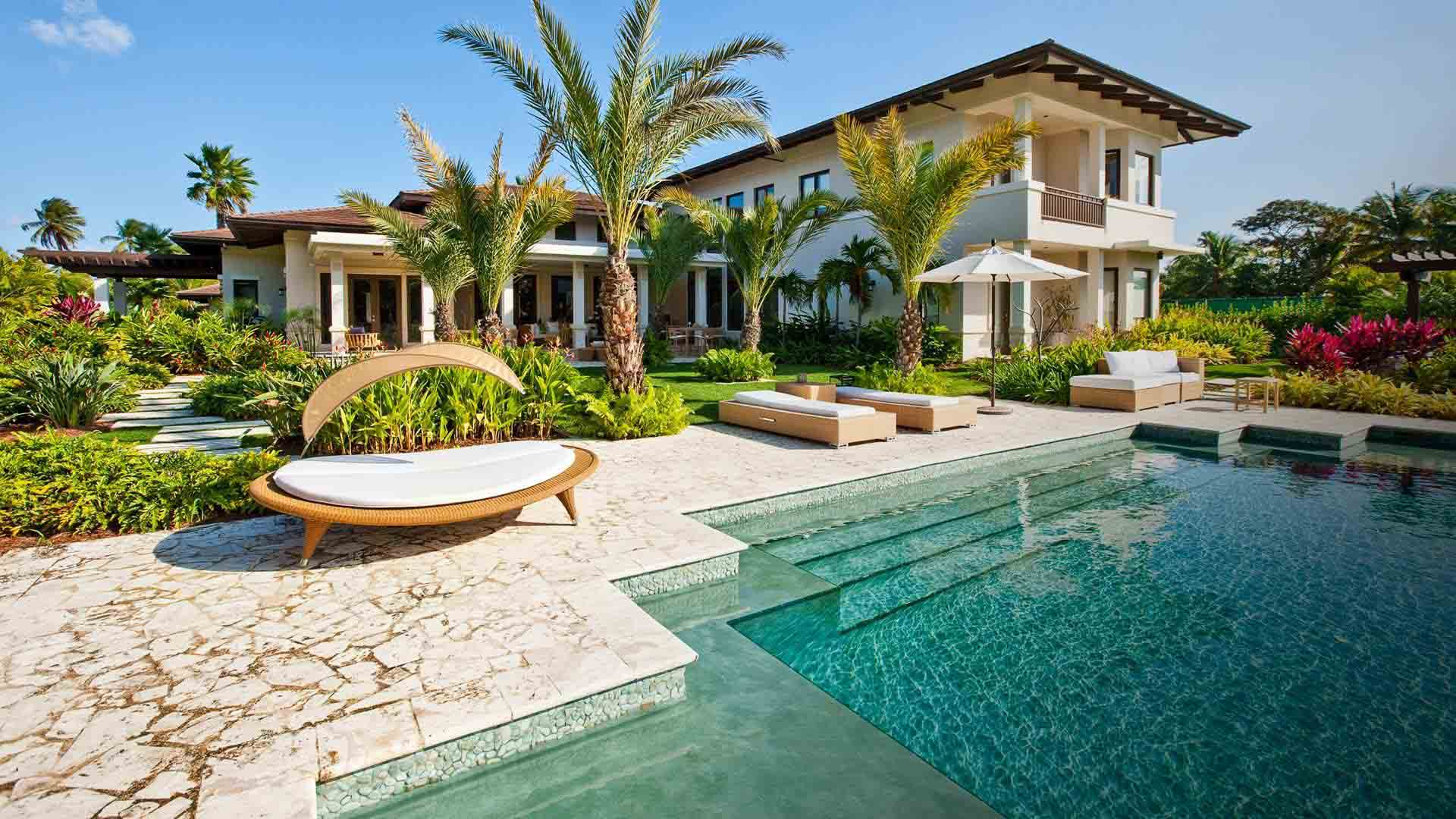 Chris Bastidas Beverly Hills Real Estate